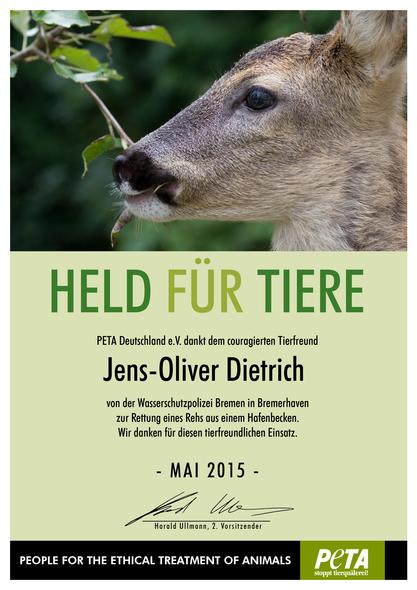 """""""Held für Tiere""""-Urkunde. Foto (c): PETA."""